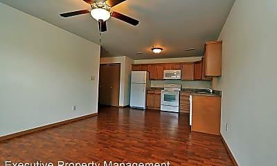 Living Room, 906 N Frederick St, 1