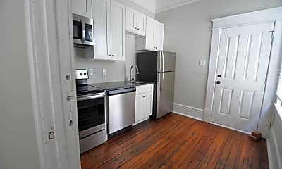 Kitchen, 301 W 31st St, 2