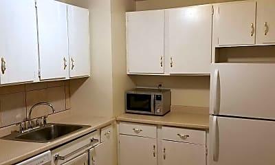 Kitchen, Washington Woods, 0