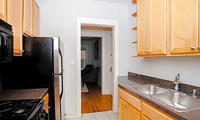 Kitchen, 4728 N Racine Ave 3W, 1