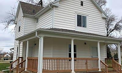 Building, 2423 Bristol St, 1