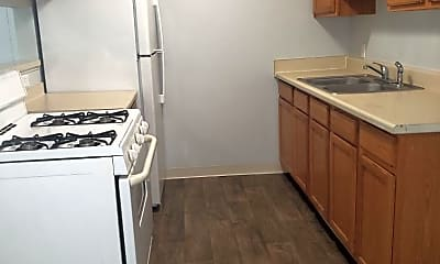 Kitchen, Brentwood II Apartments, 0