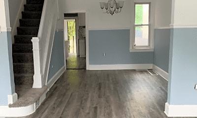 Living Room, 2815 Polk Ave, 1