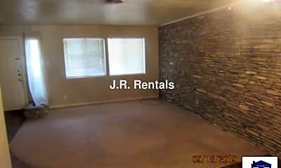 Living Room, 1120 Crestridge Dr, 1