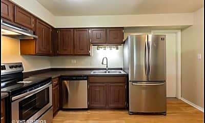 Kitchen, 9397 Bay Colony Dr, 1