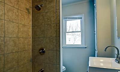 Bathroom, 4640 W 47th Ave, 2