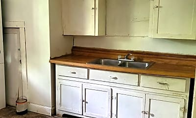 Kitchen, 521 Woodford Ave, 0