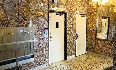 Bathroom, 330 Parnassus Ave, 2