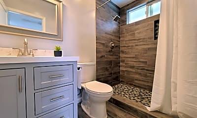 Bathroom, 3627 Maple St., 2