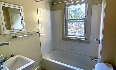 Bathroom, 73 Hamlin St, 2