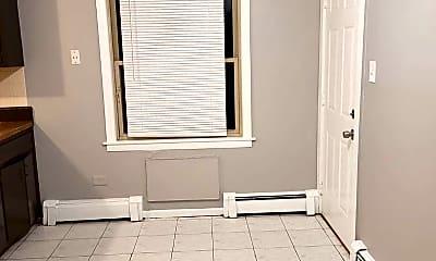 Bedroom, 7810 S Escanaba Ave, 1