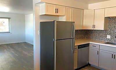 Kitchen, 1101 E Taylor St 4, 1