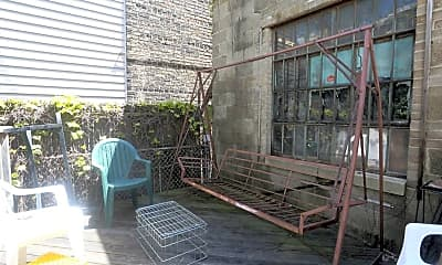 Patio / Deck, 3907 N Ashland Ave, 2