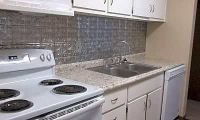 Kitchen, 2801 Emerson Ave, 1