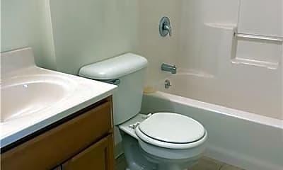 Bathroom, 4 Tideview Path, 2