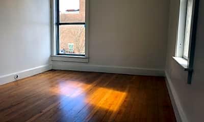 Living Room, 274 Amherst St, 2