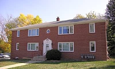 Building, 2110 Campus St, 2