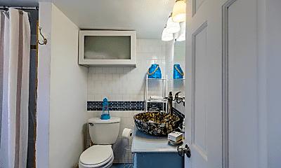 Bathroom, 20 Jones Creek Dr, 2