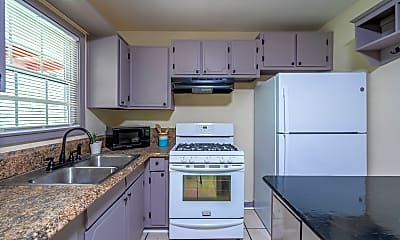 Kitchen, Room for Rent - Riverdale Home, 1