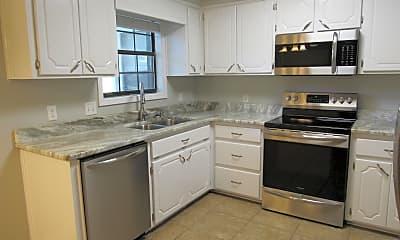 Kitchen, 110 Woodley Dr, 1