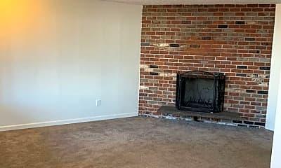 Living Room, 3331 NE 57th Ave, 1