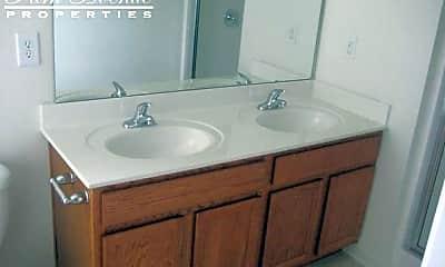 Bathroom, 315 Alexander Park Dr, 2