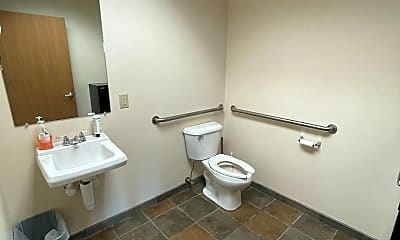 Bathroom, 260 Sanford Rd S, 2