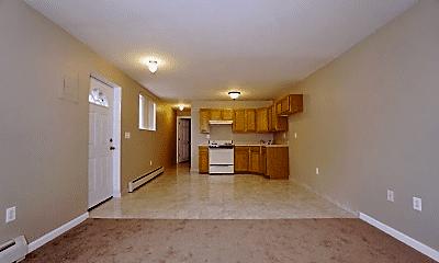 Living Room, 321 Mcbaine Ave, 2