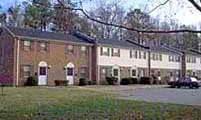 Shamrock Gardens Apartments, 1
