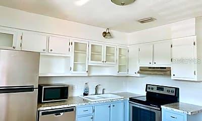 Kitchen, 4328 Edgewater Dr D202, 0