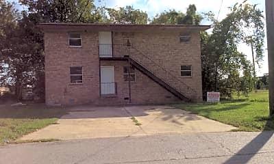 Building, 2105 E Washington Ave, 0