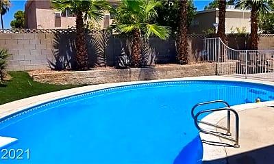 Pool, 7066 Hillcroft Way, 2