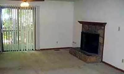 Kitchen, 558 Brent Rd, 2