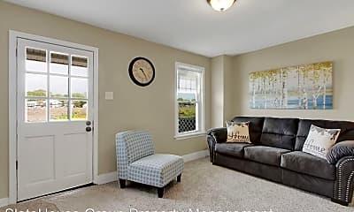 Living Room, 462 Fairground Ave, 1