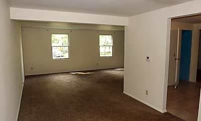 Living Room, 5001 Gander Road West, 1