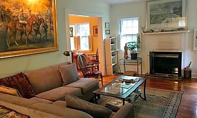 Living Room, 566 Newberry St SW, 2