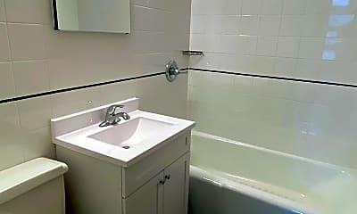 Bathroom, 117 E 11th St 2B, 2