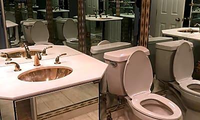 Bathroom, 5610 Wisconsin Ave 903, 2