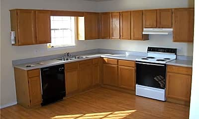 Kitchen, 8 Holly Dr, 1