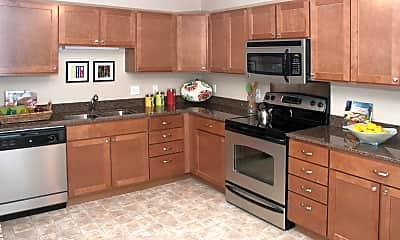 Kitchen, Creekside Apartment Homes, 1