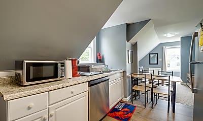 Kitchen, 6 Pine Point Rd, 1