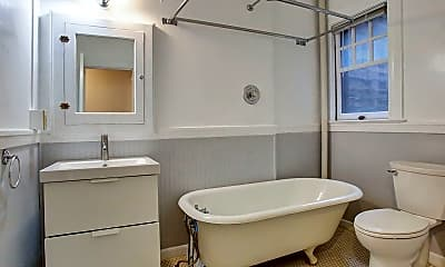 Bathroom, 1811 NW Couch St, 2