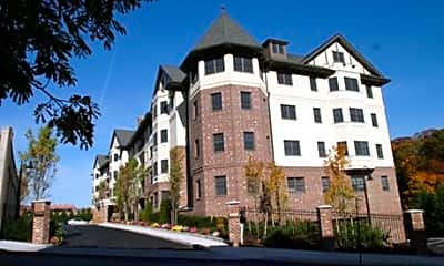 Scarsdale Commons, 2
