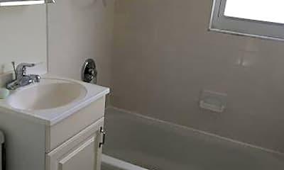 Bathroom, 15 Cedar Ave 1, 2