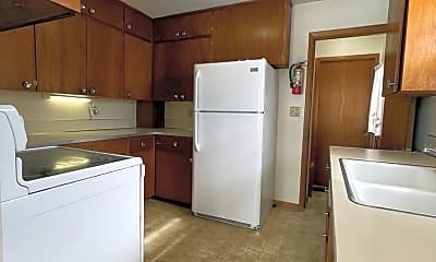 Kitchen, 2122 Hickory Ln, 1