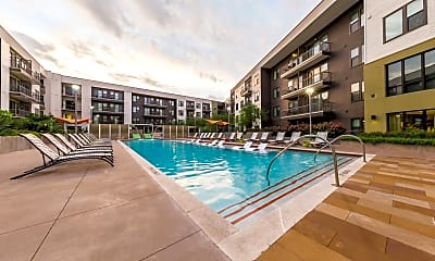 Pool, Marq Uptown, 1