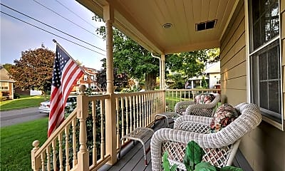 Patio / Deck, 286 1st Ave, 1