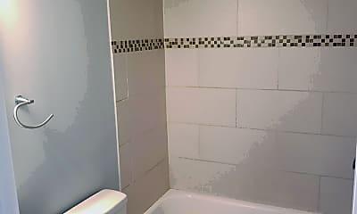 Bathroom, 4119 Mission Rd, 1