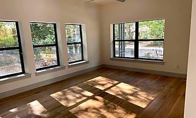 Living Room, 112 Lindell Pl, 2