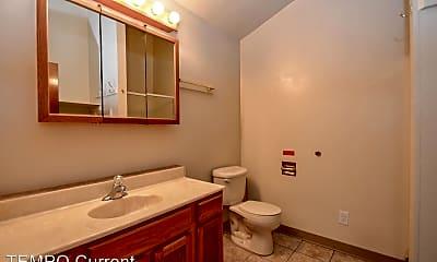 Bathroom, 404 E 20th St, 2